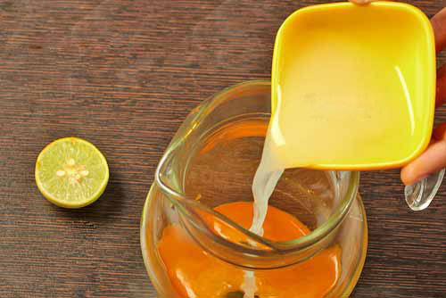 Uống nước nghệ tươi mỗi ngày giúp ngừa ung thư và trẻ mãi không già