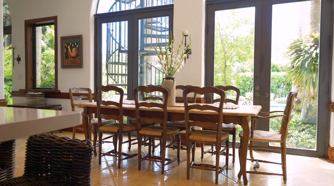 35 Interior Design Photos vs. 10401 SW 64 Ave, Pinecrest, FL Luxury Home Tour