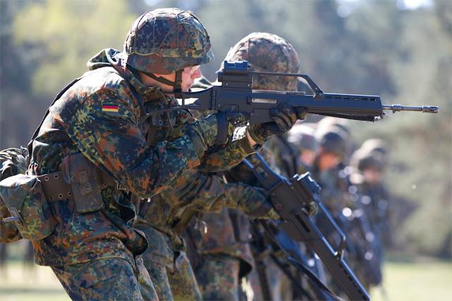 Alemania redefine su politica de seguridad nacional. - Página 2 Bundeswehr-G36-german-defense-budget-GETTY-