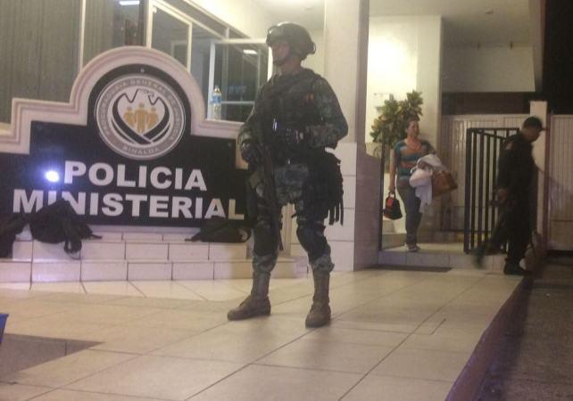 GAFES aseguran 35 celulares a Ministeriales tras toma de sus instalaciones en Sinaloa
