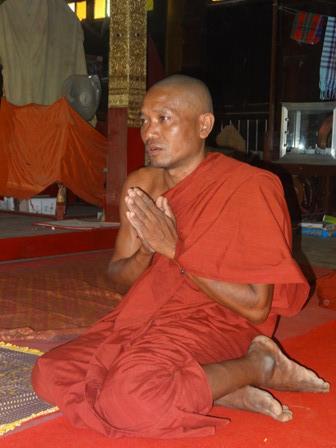 Hla Oo's Blog: Monk Thawbita: Burned-Alive By Muslims In ...