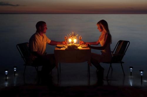 Savoir Vivre dining tips for St. Valentine
