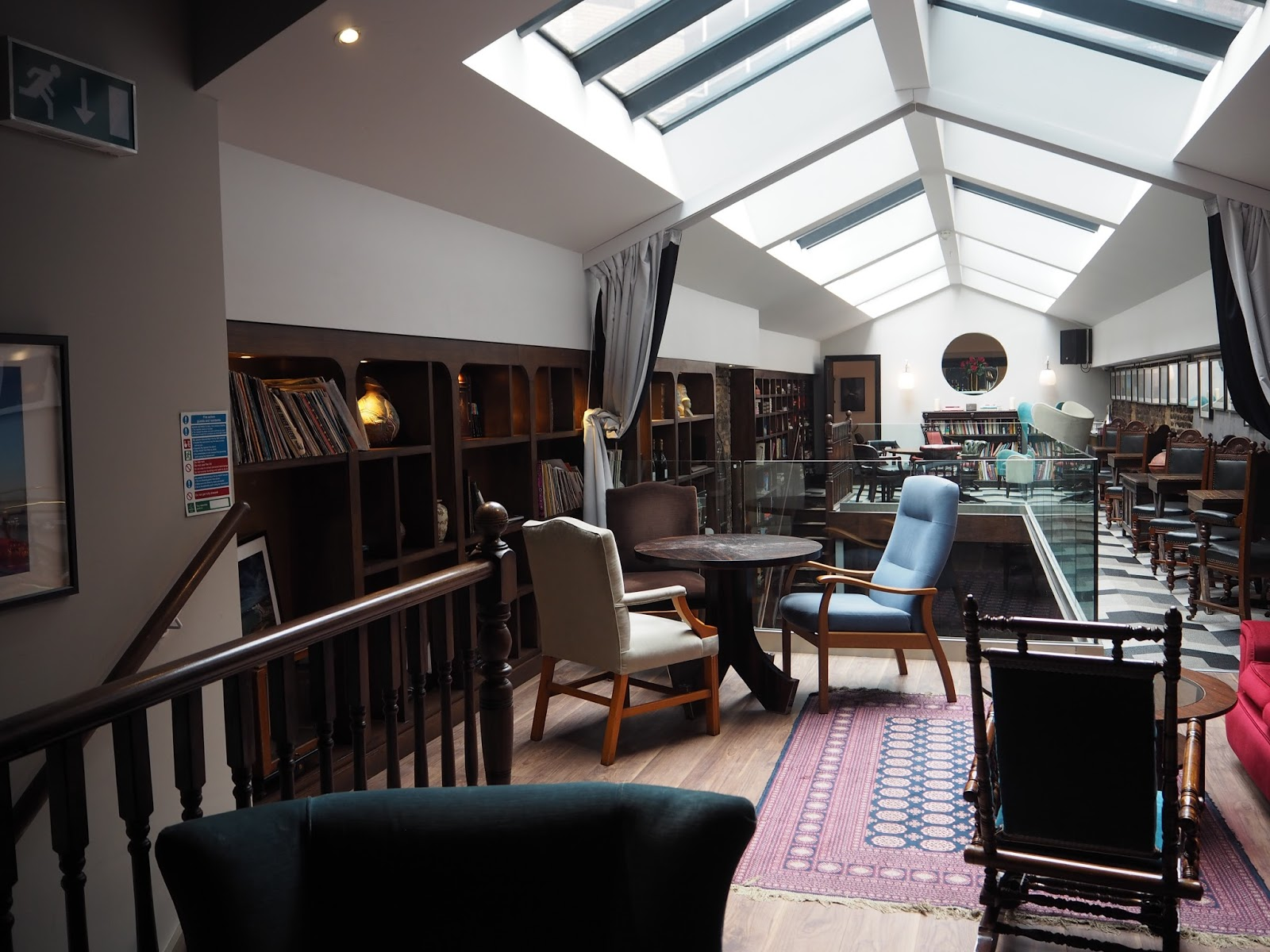 Library private members' club
