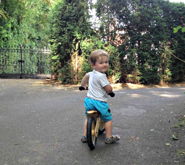 Learning to ride with balance bikes