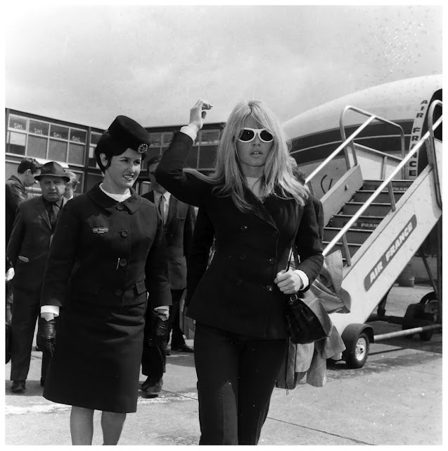 Brigitte Bardot flying Air France