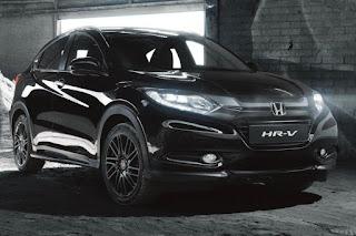 Honda HR-V Black Edition (2017) Front Side