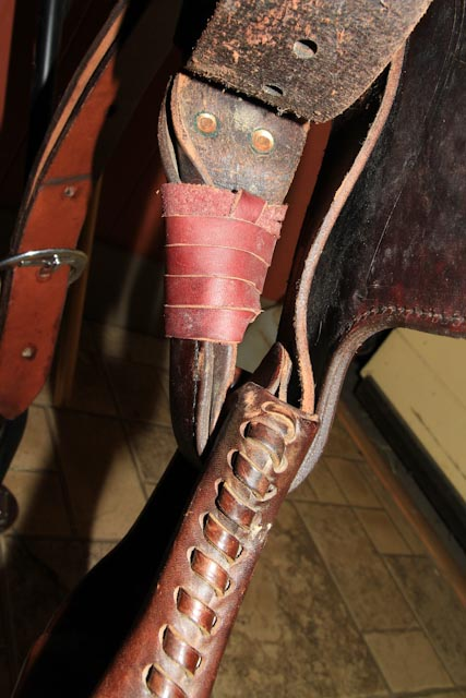 How to Twist and Turn Stirrup Leathers, Also called Nevada, Hamley