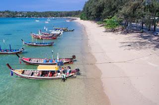 Пляж Равай на острове Пхукет