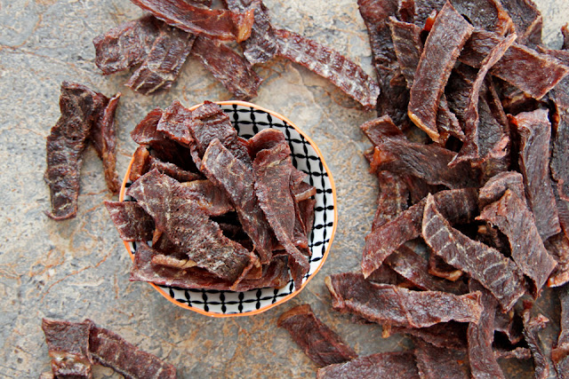 DIY Dog Treats: Simple Homemade Jerky Treats for Dogs. Easy, natural, and healthy!