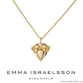 Princess Sofia Hellqvist Emma Israelsson Gold Diamond Necklace