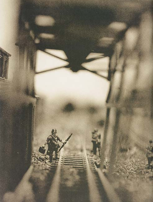 David Levinthal y Garry Trudeau. Hitler moves East. A Graphic Chronicle, 1941-43.Doctor Ojiplático