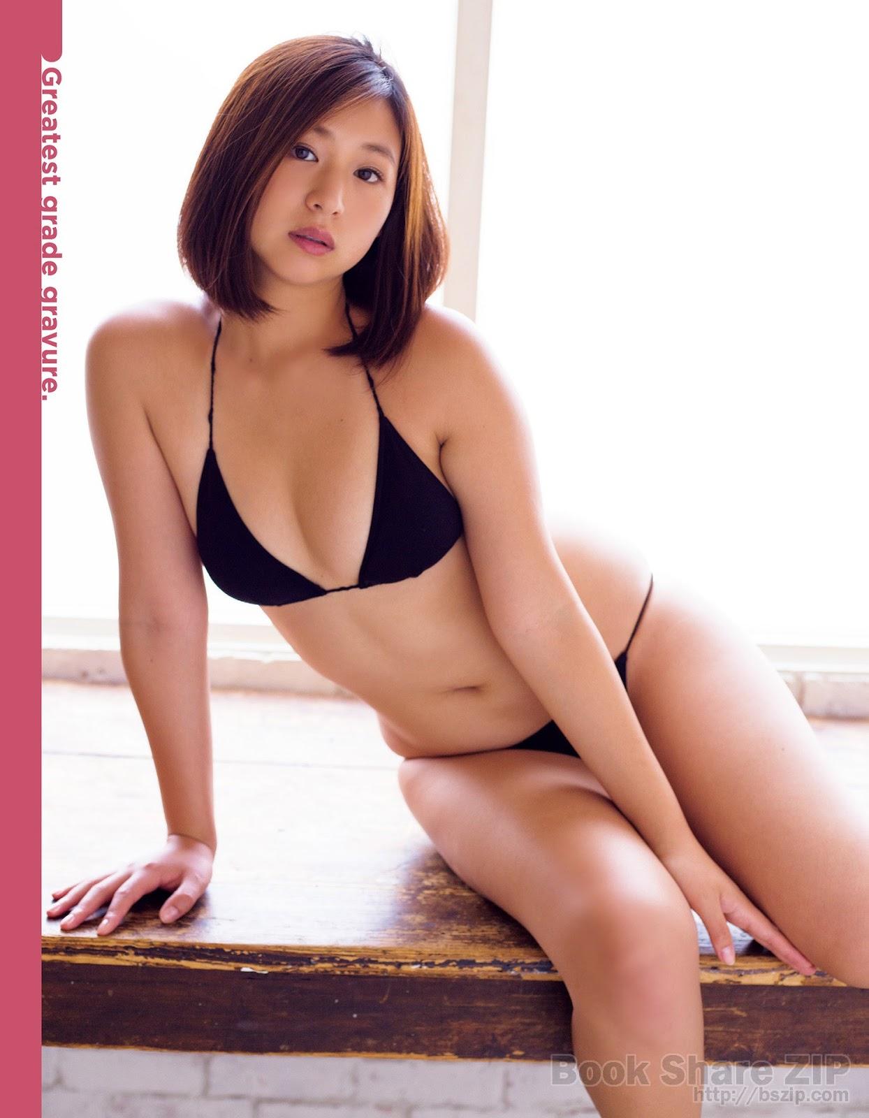 Ayaka Sayama 佐山彩香, Exciting Max! 2017 No.10 (エキサイティングマックス! 2017年10月号)