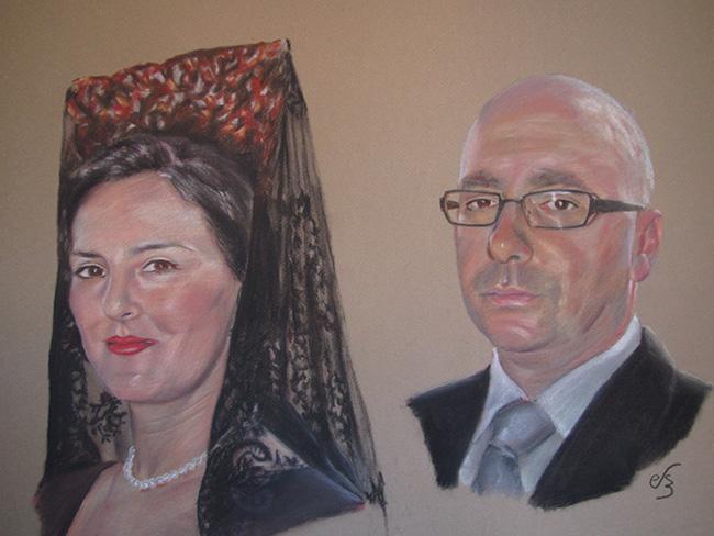 Retrato de pareja de lado con peineta y mantilla