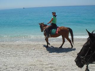 Albania, King Skjerdilad, riitta reissaa, rantalaukka
