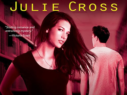 Hiding Lies by Julie Cross | Review