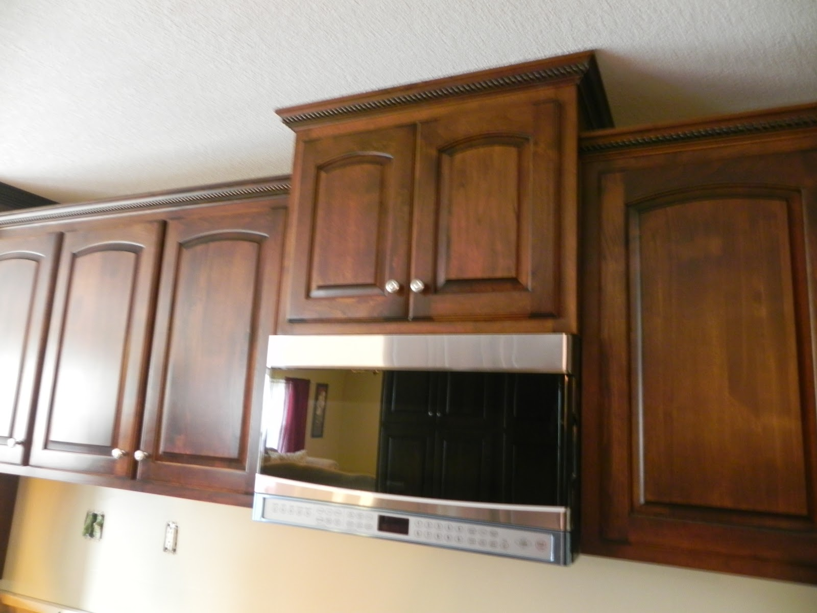 Alder Wood Kitchens Cabinets with Glaze