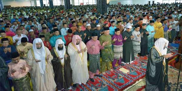 Di 15 Hari Terakhir Ramadhan, Kenapa Baca Doa Qunut Dalam Shalat Witir ?