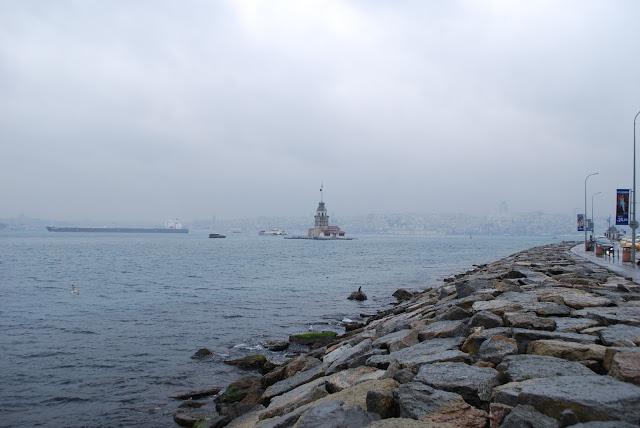 Девичья башня, один из символов город, Ускюдар, Стамбул, Турция.