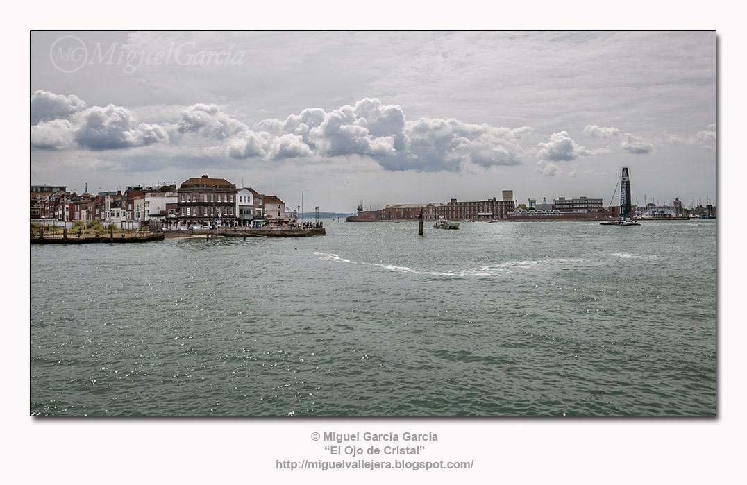 Old Portsmouth, bocana del puerto.
