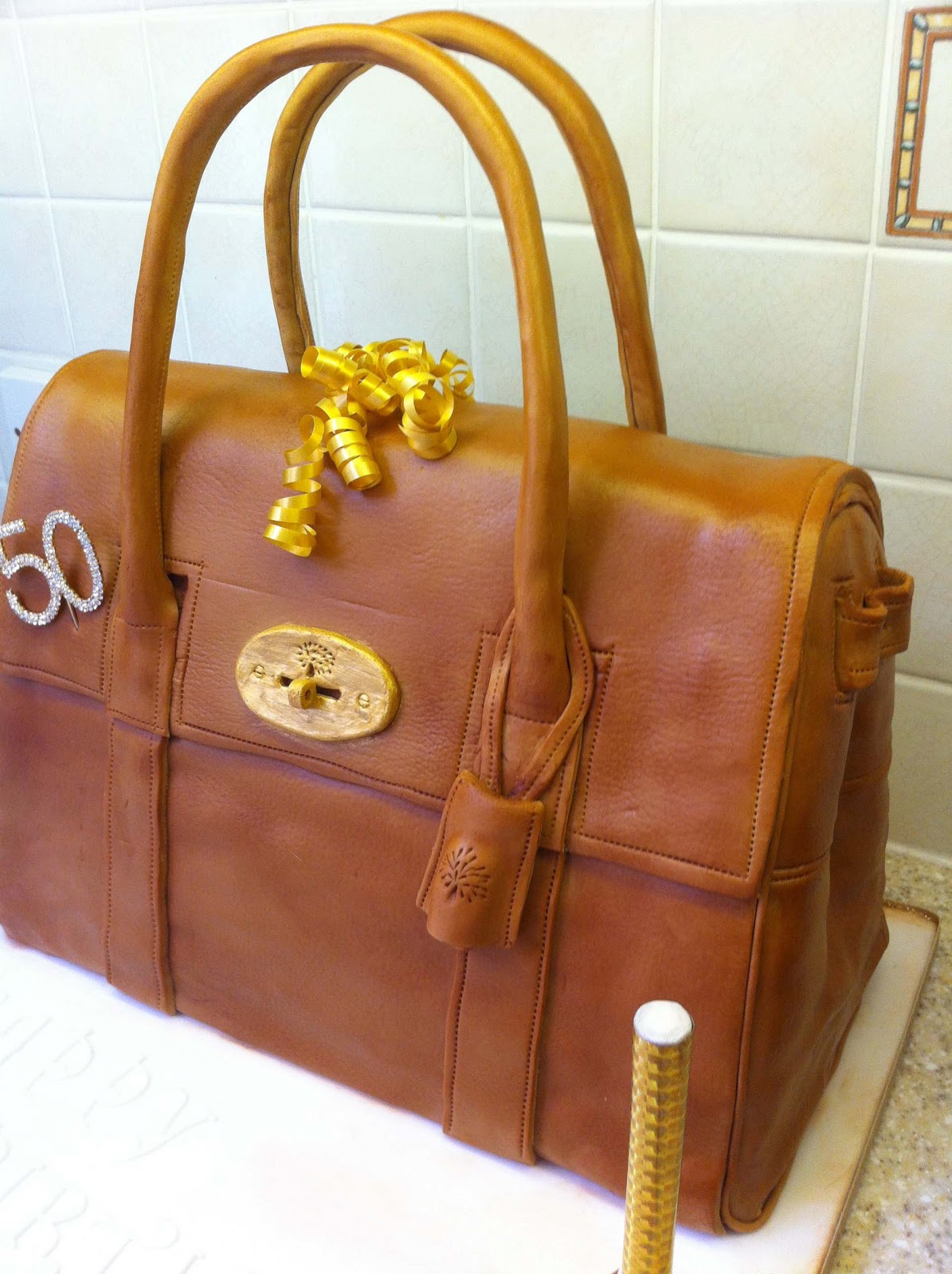 Snowballs In Summer My Biggest Cake To Date Aka The Handbag