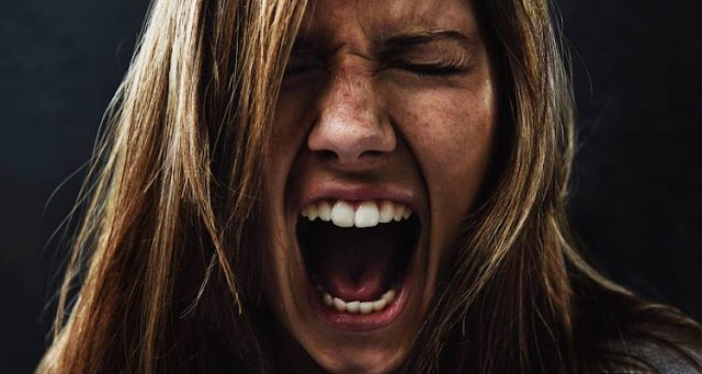 Ο θυμός προς τους άλλους είναι θυμός προς τον εαυτό μας