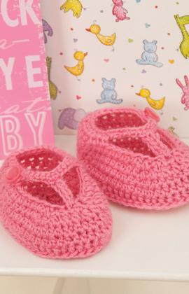 Crochet Patterns For Sweet Roll Yarn : ... Julias Patterns: Free Patterns - 30 Baby Booties to Knit - Crochet