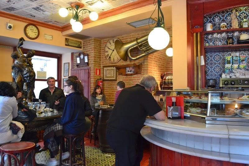 Calle de Las Huertas, Madrid, Espagne, El Diario de Huertas