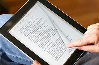 Cosa significa ebook: definizione e vantaggi del libro formato digitale