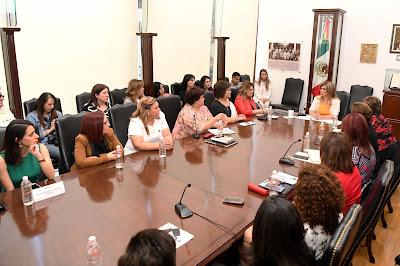 Presenta Gobernadora iniciativas para que sea delito violencia hacia las mujeres