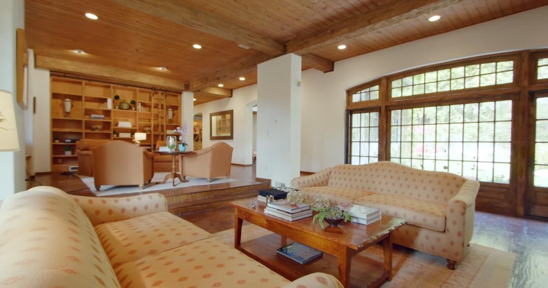 33 Interior Design Photos vs. 9989 Liebe Dr, Beverly Hills, CA Luxury Home Tour