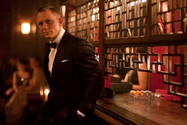 Mylifestylenews Tom Ford Dressed 007 James Bond