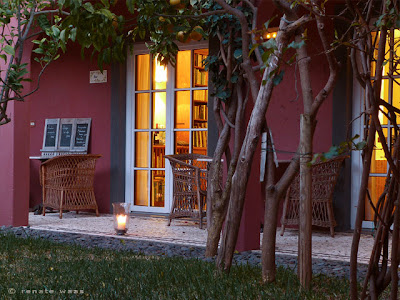 Hotel Atrio - Blick zum Restaurant abends