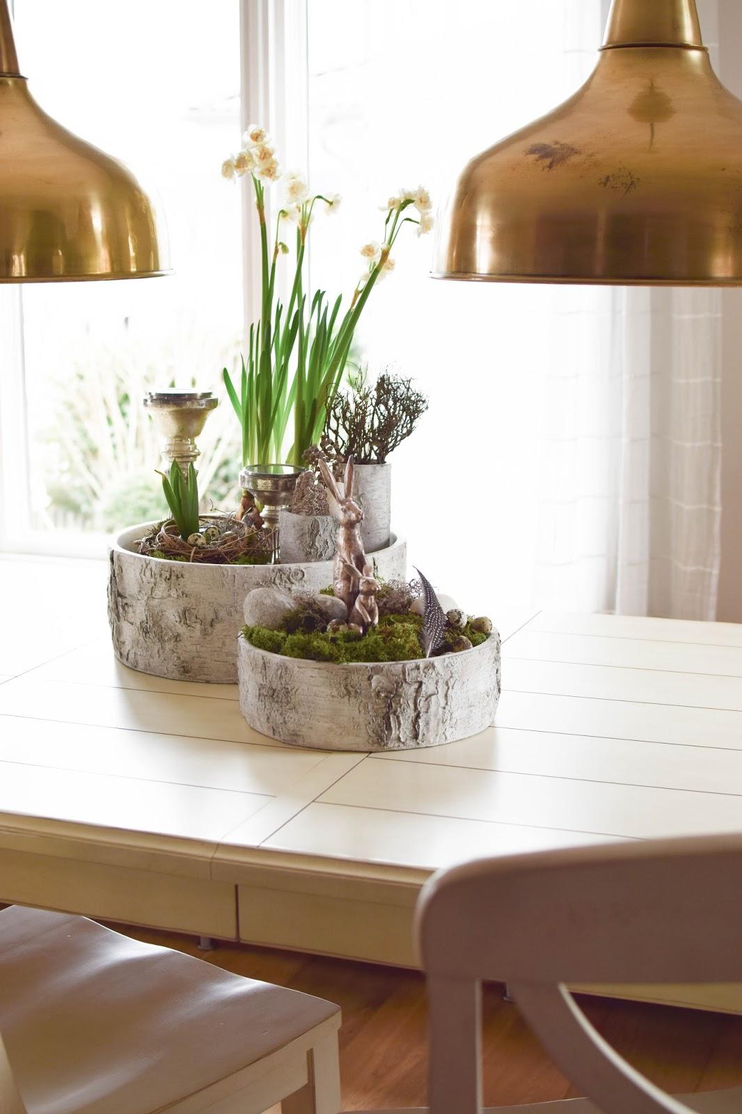 DIY-Schale-fuer-fruehling-ostern-Osteridee-Tischdeko-mit-Moos-Eier-Hase-Osterhase-Naturmaterialien-Dekoidee-Deko-Dekoration