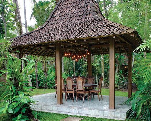 Tinuku.com d'Omah Hotel Yogyakarta designing layout, architecture and interior ethnographic genuine Javanese literature