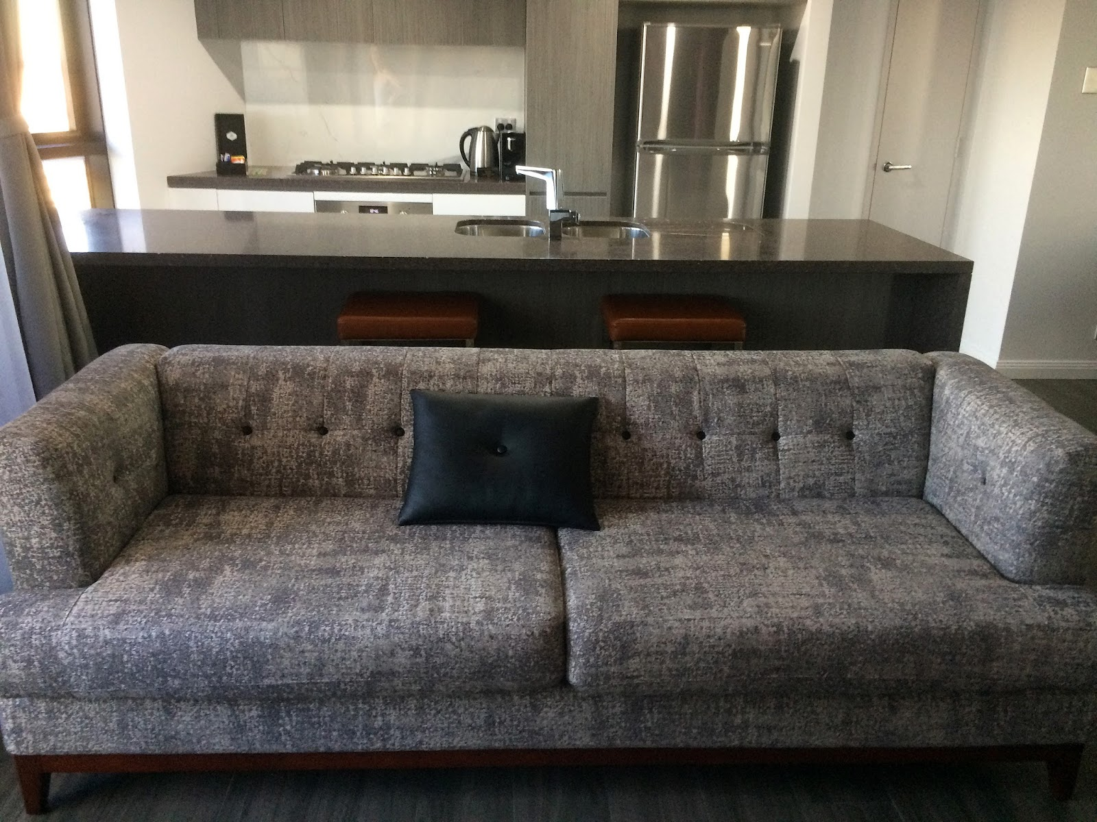 Meriton Church Street Parramatta Lounge