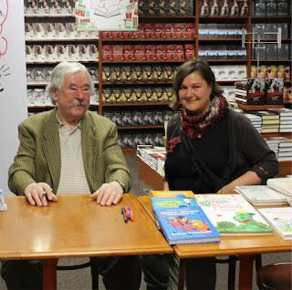Csukás István és Ecsédi Orsolya 2017. december 17-én a Könyvmolyképző kiadó Könyvkarácsony rendezvényén, az Alexandra Könyváruházban