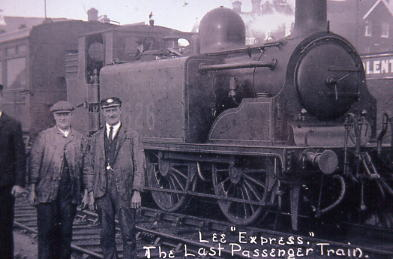Last passenger train from Lee: