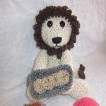 http://www.craftsy.com/pattern/crocheting/toy/the-little-lion-baker/151374?rceId=1445283604515~w5oe7haa
