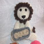 http://www.craftsy.com/pattern/crocheting/toy/the-little-lion-baker/151374?rceId=1445283604515~w5oe7haa