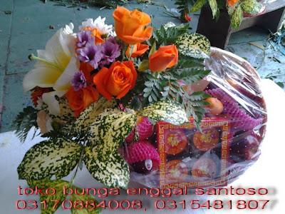 parcel bunga dan buah imlek toko bunga surabaya