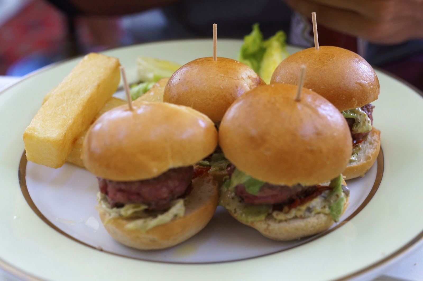 laduree paris burgers