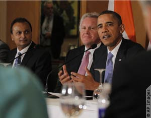 GE CEO Jeffrey Immelt Sitting Next to President Barack Obama in India, 6 November 2010