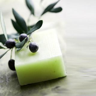 Πράσινο σαπούνι για λαμπερά μαλλιά!