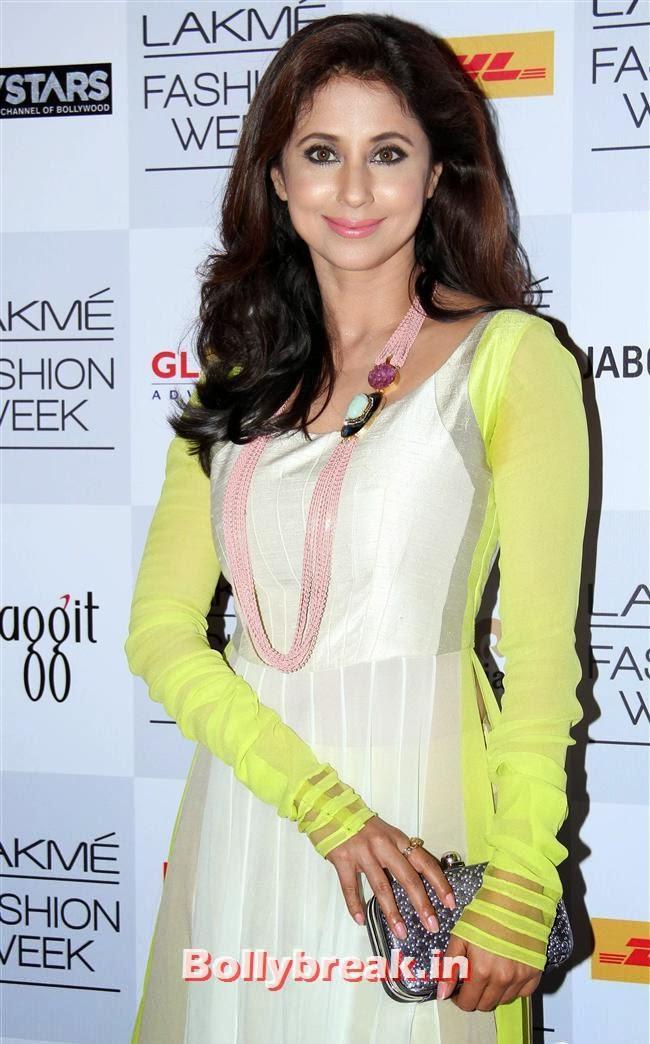 Urmila Matondkar, Bollywood Actresses at Manish Malhotra Show at LFW Summer Resort 2014