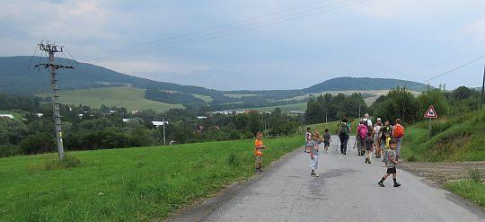 Szosa do Cigelki na wysokości osiedla romskiego.