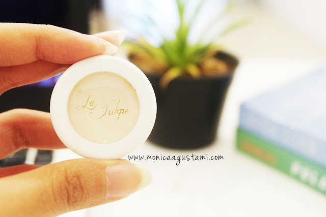 review la tulipe eye base
