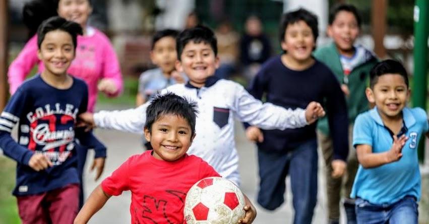 Debate sobre Igualdad de Género en Currículo Escolar abre oportunidad para diálogo entre padres e hijos, sostiene Verónica Villarán, de «Educación e Igualdad»