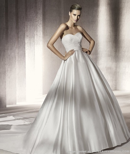 WEDDING COLLECTIONS: WEDDING DRESSES 2012
