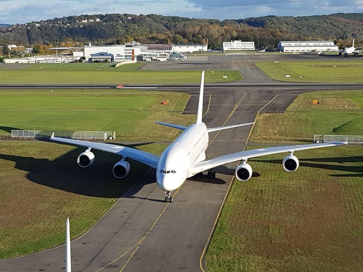 해체 직전 A380