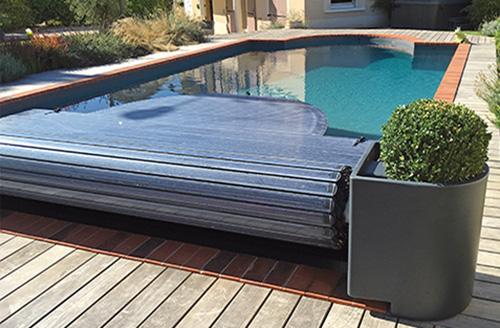 Le blog des professionnels de la piscine et du spa for Fabriquer un enrouleur de bache piscine